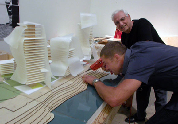Oscar-nominated actor Brad Pitt and Pritzker Prize architect Frank Gehry (photo source unknown)
