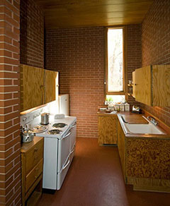 Pope-Leighey kitchen (photo by Ronal Hilton)