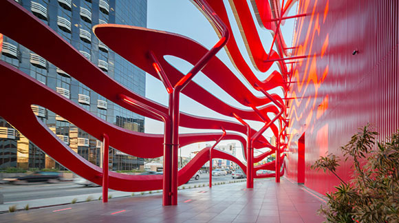 Street arcade of the Petersen Automotive Museum, Los Angeles, California, photo by A. Zahner Co.