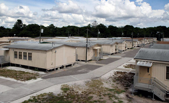 42 portable classrooms, Palm Harbor University High, Florida, 2014 (photo by Andy Jones)