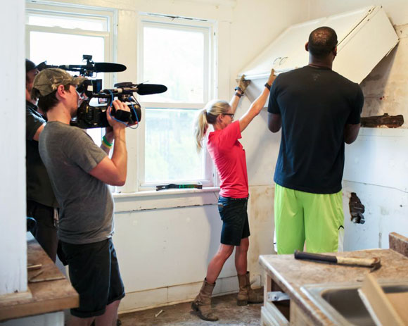 Nicole Curtis in action for the cameras, on Rehab Addict