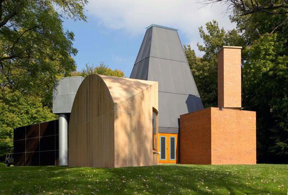 Winton Guest House, original location: Wayzata, Minnesota, current location: University of St. Thomas, Owatonna, Minnesota (photo from artribune.com)