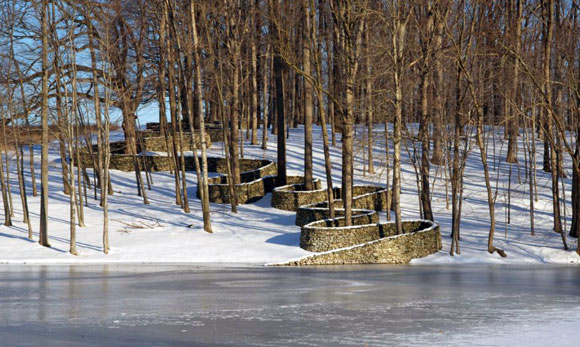 Storm King Wall by Andy Goldsworthy, Storm King Art Center, New Windsor, New York (1998, photo from stormking.org)