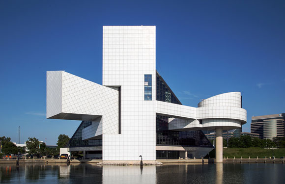 Rock and Roll Hall of Fame, Cleveland, Ohio, by Pei Cobb Freed and Partners (photo by Vik Pahwa)