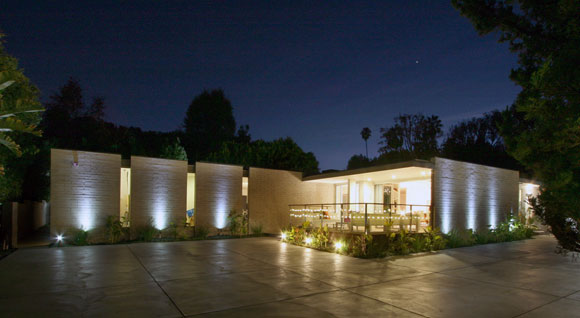 S/B House, Encino, California, by Poon Design (photo by Poon Design)